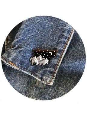 BERRYLIGHTS  pin   WOLF