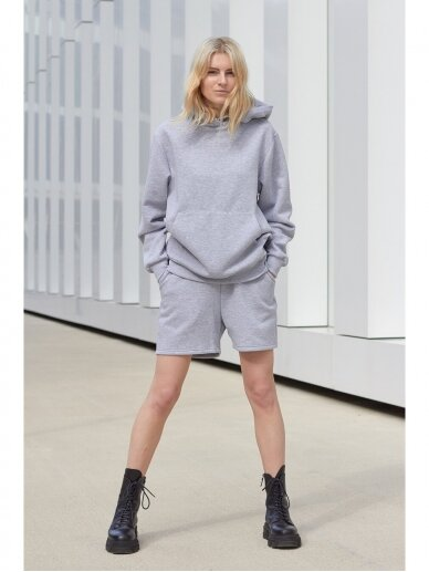 Moteriškas pilkas džemperis su gobtuvu 4